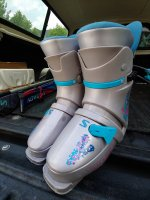 rsz_boots_front.jpg
